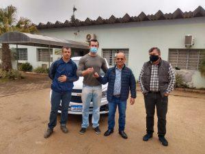 Município recebe veículo destinado a secretaria de agricultura